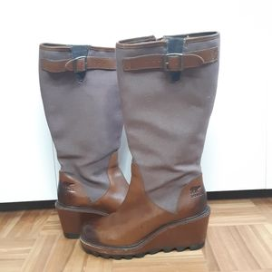 Sorel wedge boots leather & canva brown size 6